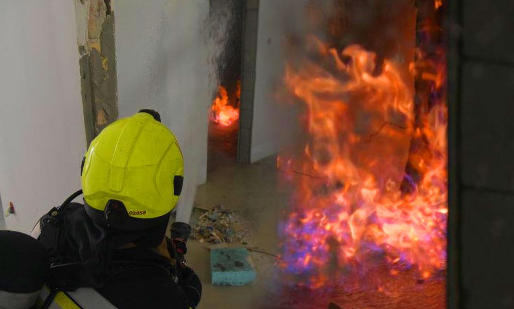 Fáklyaként égett egy gázvezeték a belvárosi lakásban, ilyet csak a rémálmaidban látsz