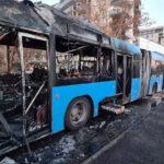 Kigyulladt egy BKK busz Óbudán, üszkösre égett a Volvo