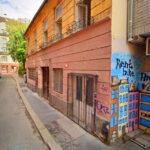 Rántott húsos szendvics és jó hangulat – lebontják az egykori Wichmann kocsma épületét, ötszintes szálloda lesz a helyén