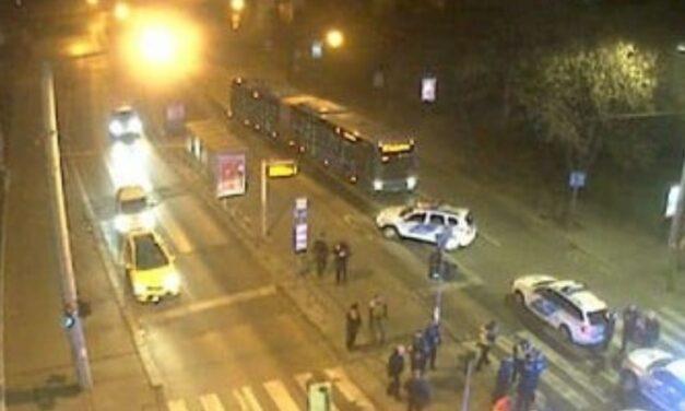 Szurkálás Budapesten: ezért rántott kést a buszsofőr – Fotók a helyszínről