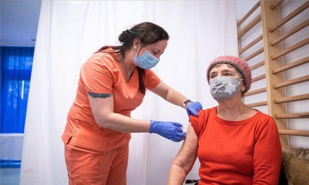 """""""A háziorvosok választják ki a megfelelő vakcinát"""" – Szlávik szerint a gyártói ajánlások alapján döntenek a háziorvosok"""