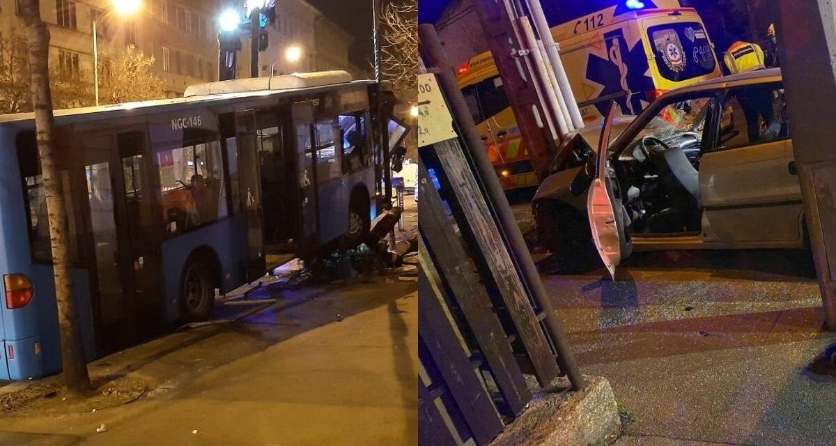 Durva balesetek a fővárosban: A 8. kerületben busz döntött ki egy fát, a 18. kerületnem villanyoszlopnak csapódott egy Opel – Fotók a helyszínről