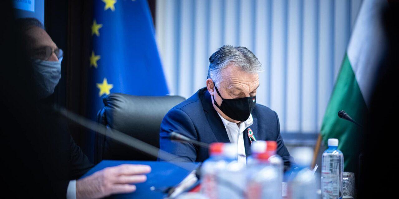 """""""Minden korlátozó intézkedés hatályban marad"""" – Orbán Viktor szerint nem oltópontokra, hanem vakcinákra van szükség, 213-an hunytak el a koronavírus miatt Magyarországon"""