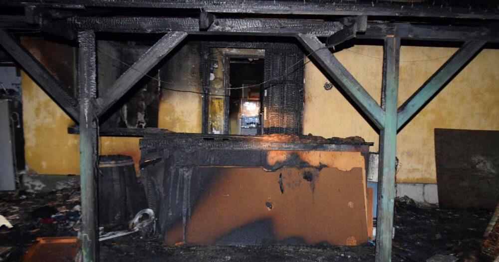 Összefogtak az érdiek: újjáépítik annak a négy elárvult gyermeknek az otthonát, akiknek édesanyjuk a tűzesetben halt meg