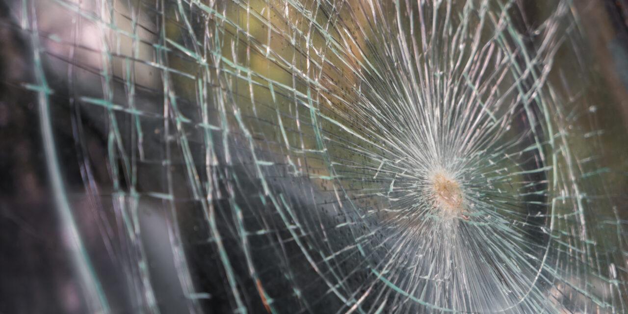 Tragédia az 51-esen: árokba hajtott egy autó Dömsöd közelében, a sofőr a helyszínen szörnyethalt