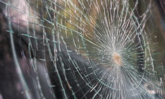 Egyik baleset követte a másikat: az M1-esen kigyulladt egy autó