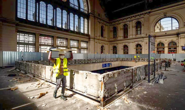Szétverték a Keleti pályaudvar egy részét, Brüsszel miatt történt az egész