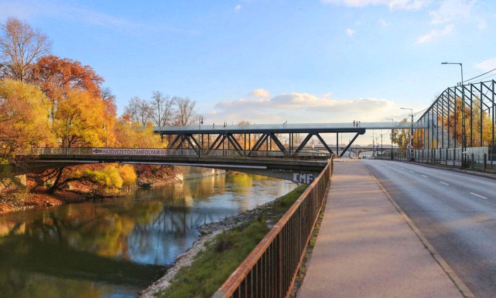 Új hidat kaphat a Hajógyári-sziget, a MÜPÁ-nál elbontott vasúti híd elemeiből épülhet meg az átjáró