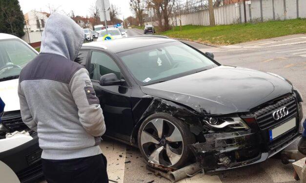 Hiába a szép Audi, az ütközéskor úgy megsérült a benne ülő 3 éves kislány, hogy kórházba kellett szállítani
