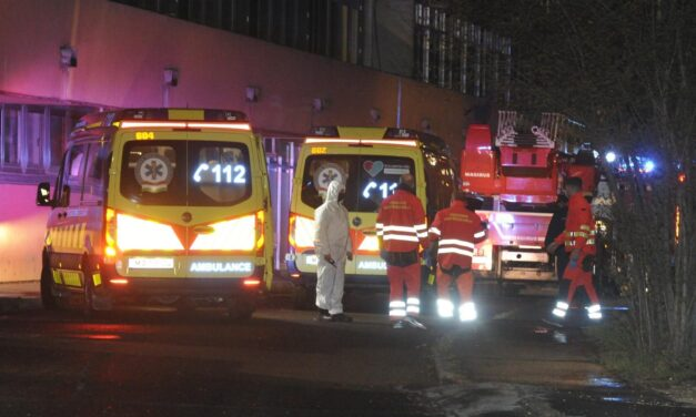 Életveszélyesen megsérült egy 73 éves beteg a Margit kórházban történt tűzesetben, egy rendőr füstmérgezést kapott