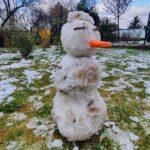 Áprilisi hóemberek Budapest környékén, Németh Lajos meteorológus is meglepődött amikor kiment ma reggel a kertbe