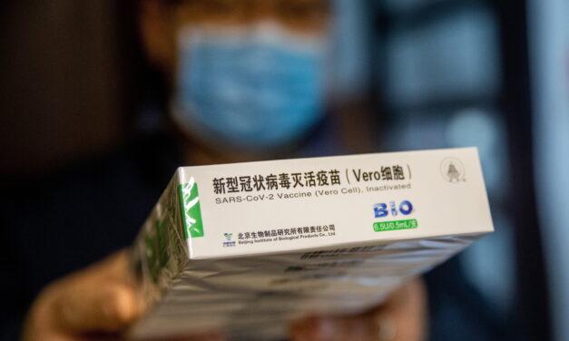 Rengeteg a kétely: Orbán Viktorhoz fordultak a kínai vakcinával oltott, aggódó nyugdíjasok