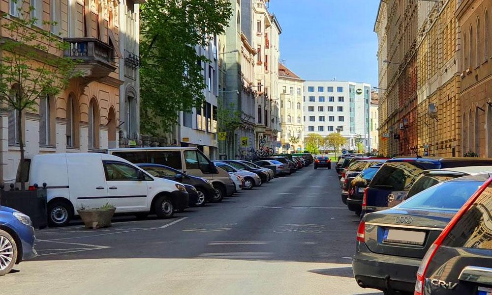 Egy-két héten belül megszűnhet az ingyenes parkolás a közterületeken