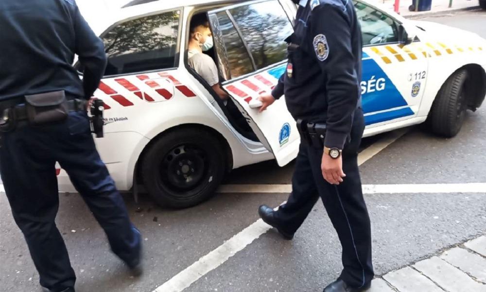 Gyermekjóléti szolgálat pszichológusa riasztotta a rendőrséget: egy ragadozó az interneten vadászott kislányokra, egyiküket sikerült is a bozótosba csalnia