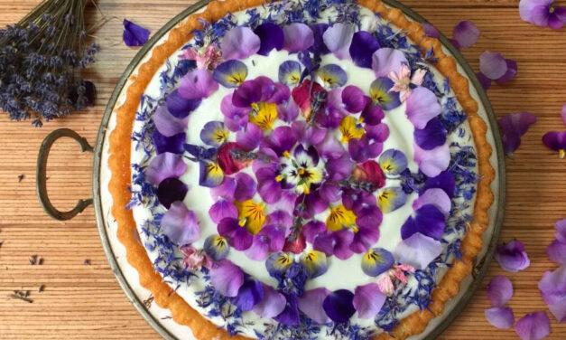 Életveszélyes, mérgező torták – szabad-e a tortára virágot szedni a kertből?