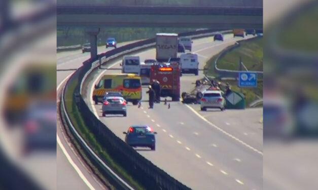 Halálos baleset a 2-es úton Dunakeszinél, durva elalvásos karambol az M4-esen