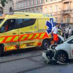 Don Pepe futár belerongyolt egy mentőautóba a Nyugati tér közelében