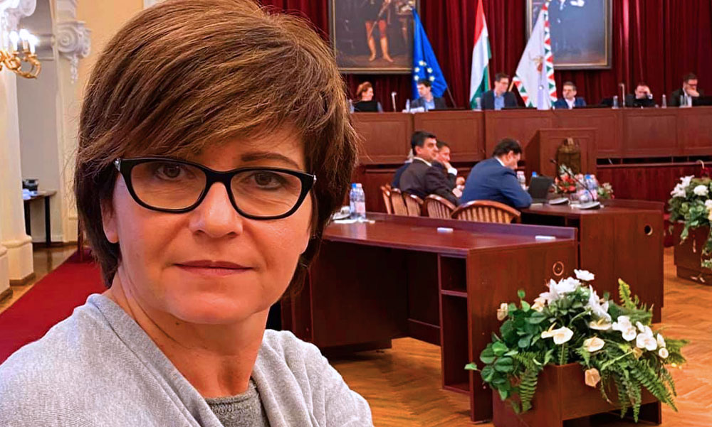 Kálmán Olgát újra megfenyegették, a tévésből lett politikus akkor kapta a gyalázatos levelet, amikor a rendőrségen éppen feljelentést tett
