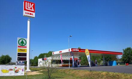 Folytatódik a Lukoil nyomulása az agglomerációban, két Mol-kutat cseréltek le az orosz márkára