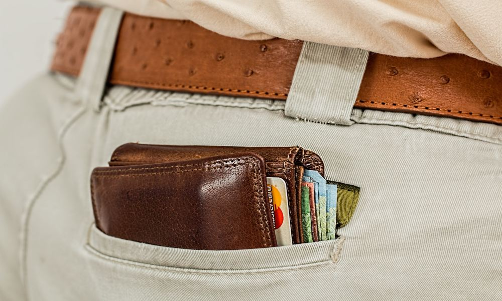 Így spóroltak a magyarok a járvány idején: egy felmérés szerint ennyi maradt a pénztárcákban