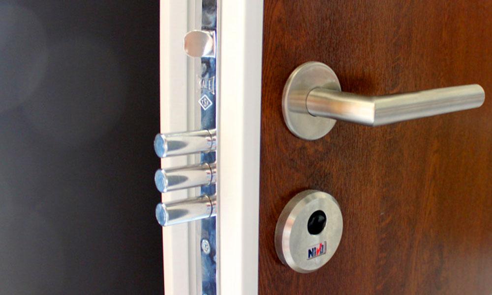 Kényelmes, praktikus és biztonságos – ez az 1 kulcsos zárrendszer!