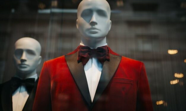 Próbababával együtt lopta el a ruhákat egy részeg budapesti férfi