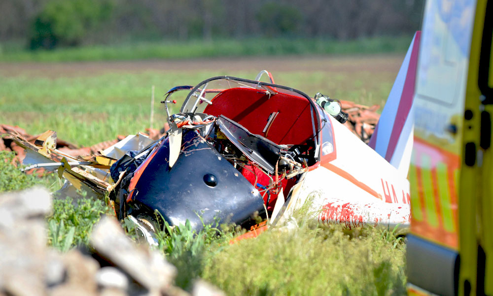 Lezuhant egy vitorlázó kisrepülő, a pilóta súlyosan megsérült