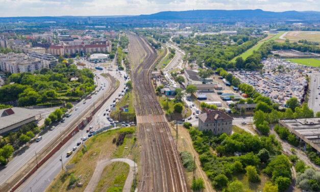 Újabb elővárosi vasútfejlesztés kezdődik meg az Európai Unió segítségével Budapesten