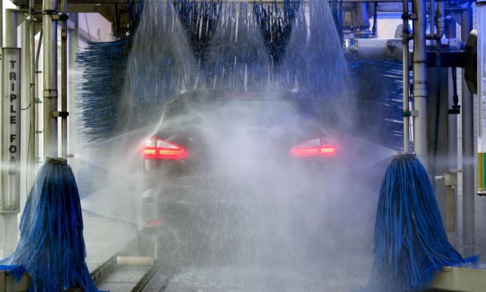 Tilos az autómosás és a locsolás – Gödöllőn is vízkorlátozást rendelt el a polgármester