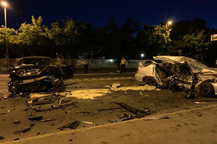 Szörnyű tragédia Budapesten, két autó rohant egymásnak a 11. kerületben, két ember azonnal meghalt – Fotó a helyszínről