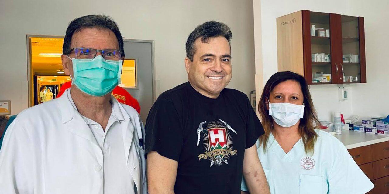 """""""A vírus mindent megtett azért, hogy feladjam"""" – 111 nap kórházi kezelés után hazamehetett a fideszes képviselő, aki olyan kritikus állapotban volt, hogy már a tüdőátültetését szervezték az orvosok"""