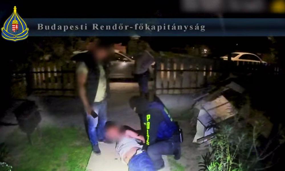 Rajtaütés a drogdílereken, három férfit fogtak el a rendőrök a pesti agglomerációban, de a drogbáró most is megúszta