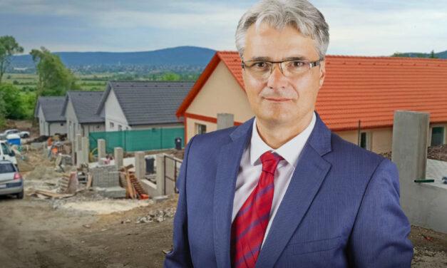 A lakóparkok fejlesztőivel olyant csinálhat a szentendrei polgármester, amit más még nem, pedig lenne rá igény