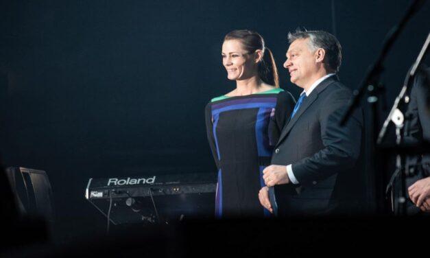 Közös képpel búcsúzott Orbán Viktor a visszavonult Görbicz Anitától