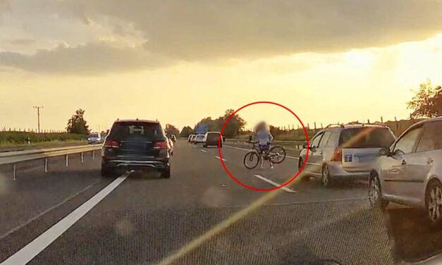 Satufék: lerepülő bicikli miatt állt meg a forgalom az M3-as autópályán