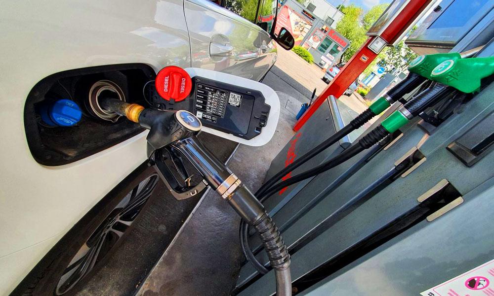Brutális áremelkedés a benzinkutakon, mi lesz így velünk? Meddig mehet ez így és ki kaszál ezzel nagyot? Itt a válasz!