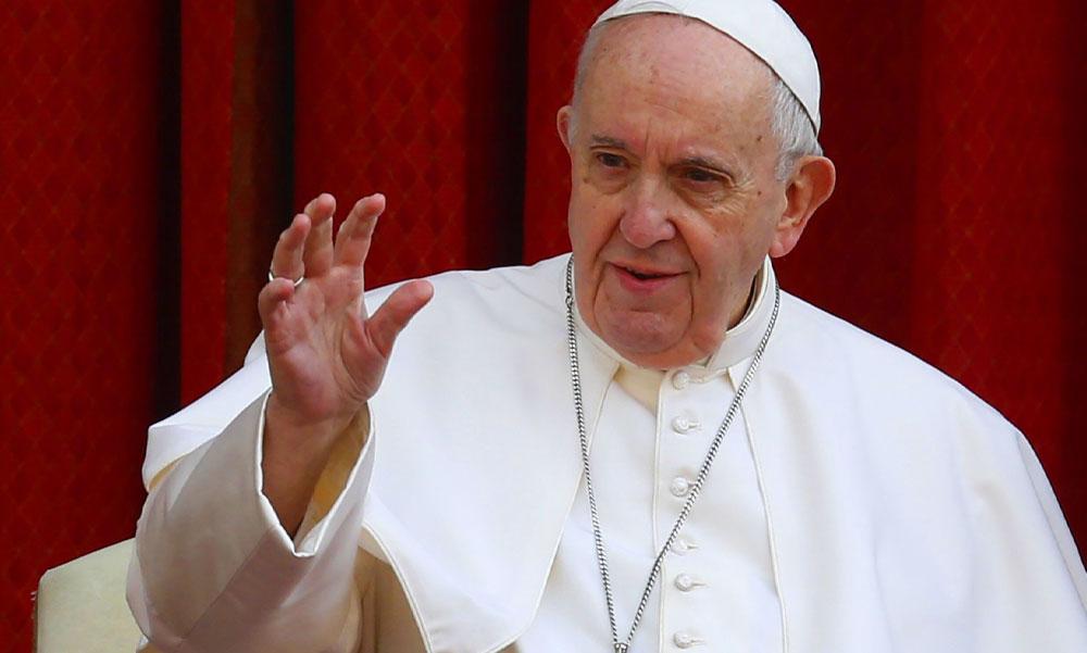 Ferenc pápa bejelentette, hogy szeptemberben Budapesten tart misét, aztán kórházba vitték és megműtötték az egyházfőt