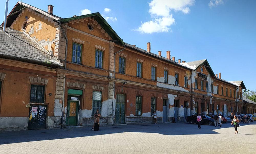 Most már biztos: Megmenekül a lepattant régi kelenföldi vasútállomás épülete