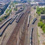 Ismét nyitva a Nyugati pályaudvar, ekkortól fogad újra vonatokat – Az is kiderült, a csarnok mikorra készül végre el