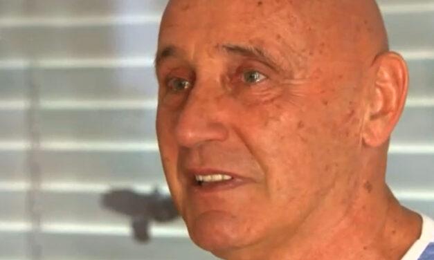 """""""Bőgni szeretnék a boldogságtól"""" – budajenői házában lepték meg barátai a 70 éves Pataky Attilát"""