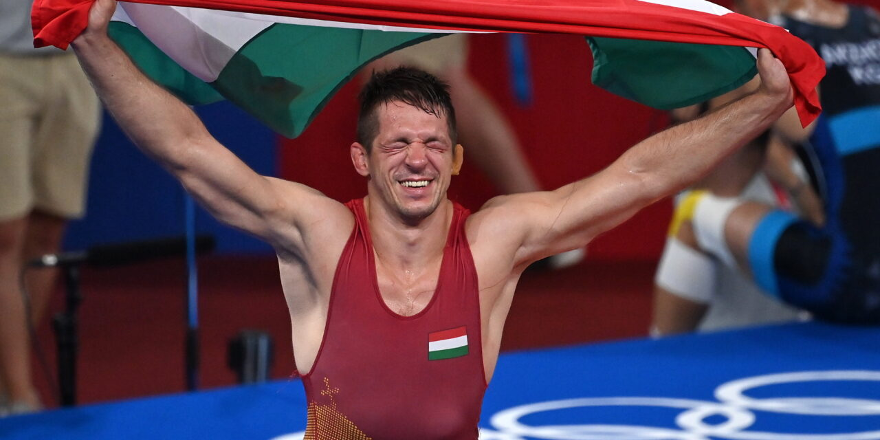Megkoronázta a pályafutását a 34 éves magyar birkózó: aranyérmes Tokióban a ceglédi Lőrincz Tamás