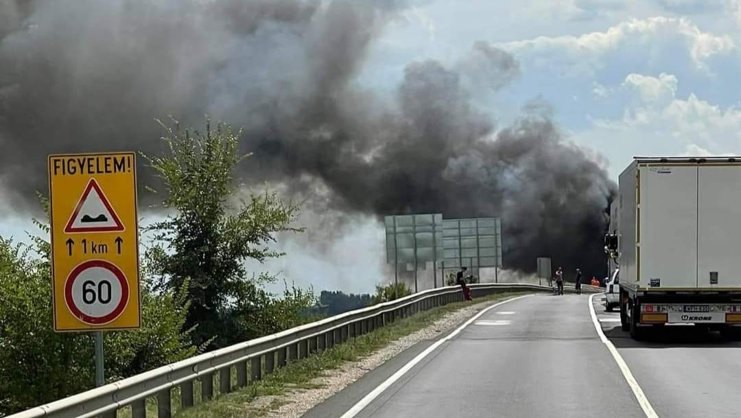 """""""Hol van az illetékes, aki felel ezért az útszakaszért?"""" – két hónap alatt 7-en haltak meg a 4-es főút azon részén, amelyen két kamionos égett halálra, miután frontálisan ütköztek"""