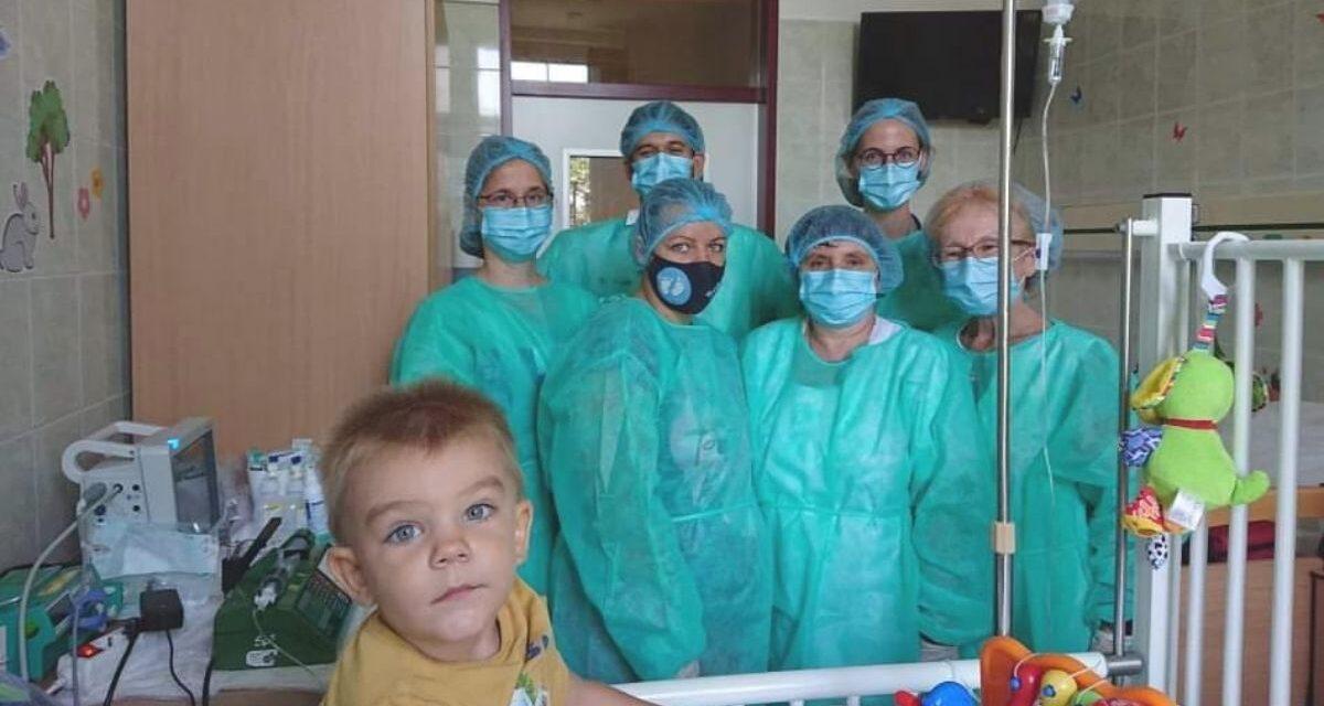 A napokban elhagyta a kórházat, az SMA-s Noel, aki másodikként kapta meg az ingyenes Zolgensma kezelést, eközben már a negyedik gyermek is túl van az államilag támogatott terápián