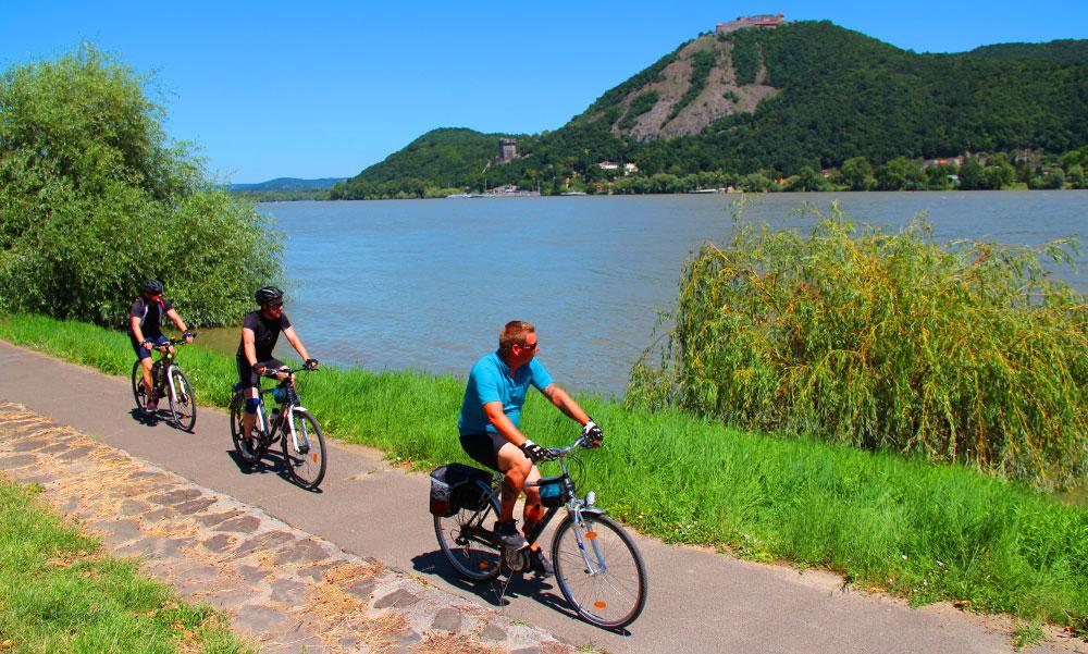 Meglepő módszerrel kérdezik meg Vitézy Dávidék hol legyenek új kerékpárutak az agglomerációban