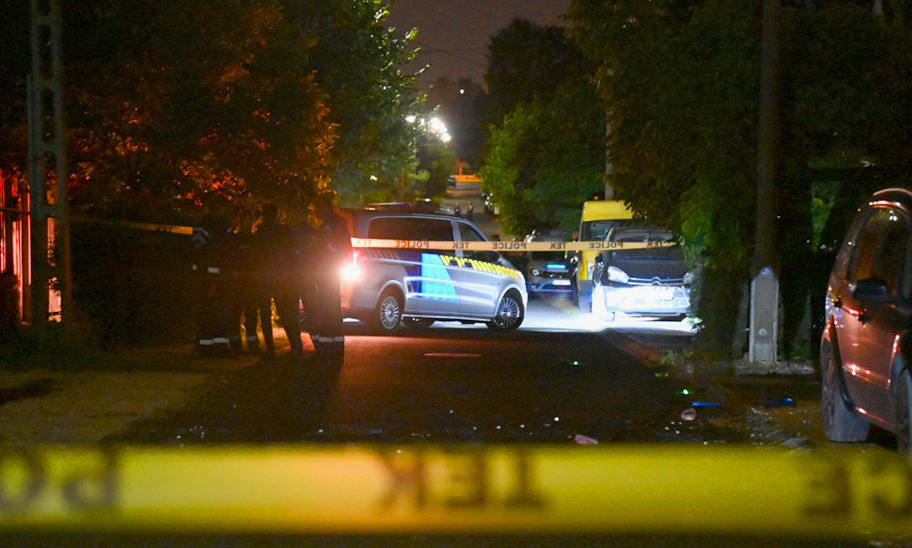 Családirtás Dunakeszin: Közvetlen közelről lőtte le a saját kisfiát az apa, aki borzalmas tettével két család életét nyomorította meg