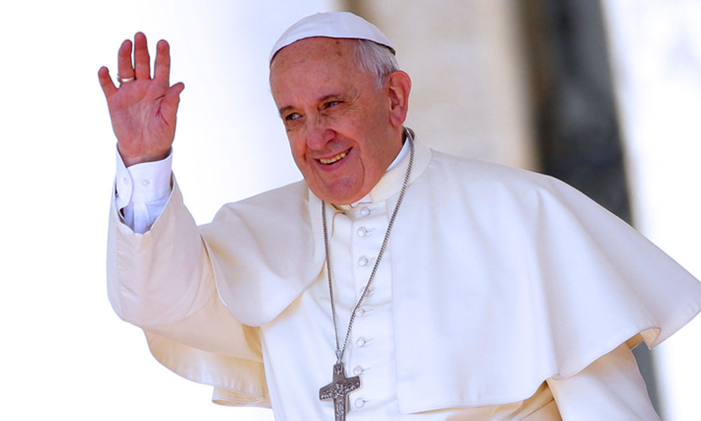 Mától egy hétig Budapestre figyel a világon élő 1,2 milliárd katolikus ember, nemsokára Ferenc pápa is megérkezik