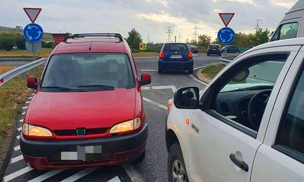 Balhé az autópályán: Forgalommal szemben akart felhajtani egy férfi a sztrádára, még neki állt feljebb, amikor eléálltak