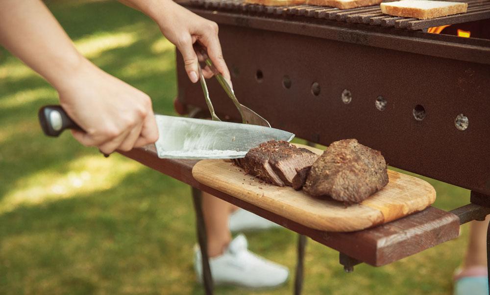 Kényelmesen használható kerti grill