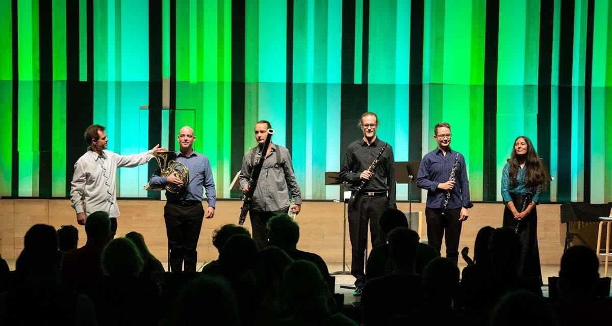 Zene és szöveg a zsinagógában, öregségről Pilisszentivánon, borkóstolás és KRESZ parkok – különleges programajánlatok keddre