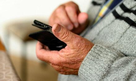 Miért érdemes idősebb korban is megtanulni az internet használatát?